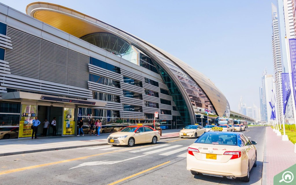 View of taxis and Business Bay metro station