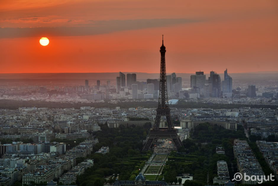 Bayut Recommends Paris for Valentine's