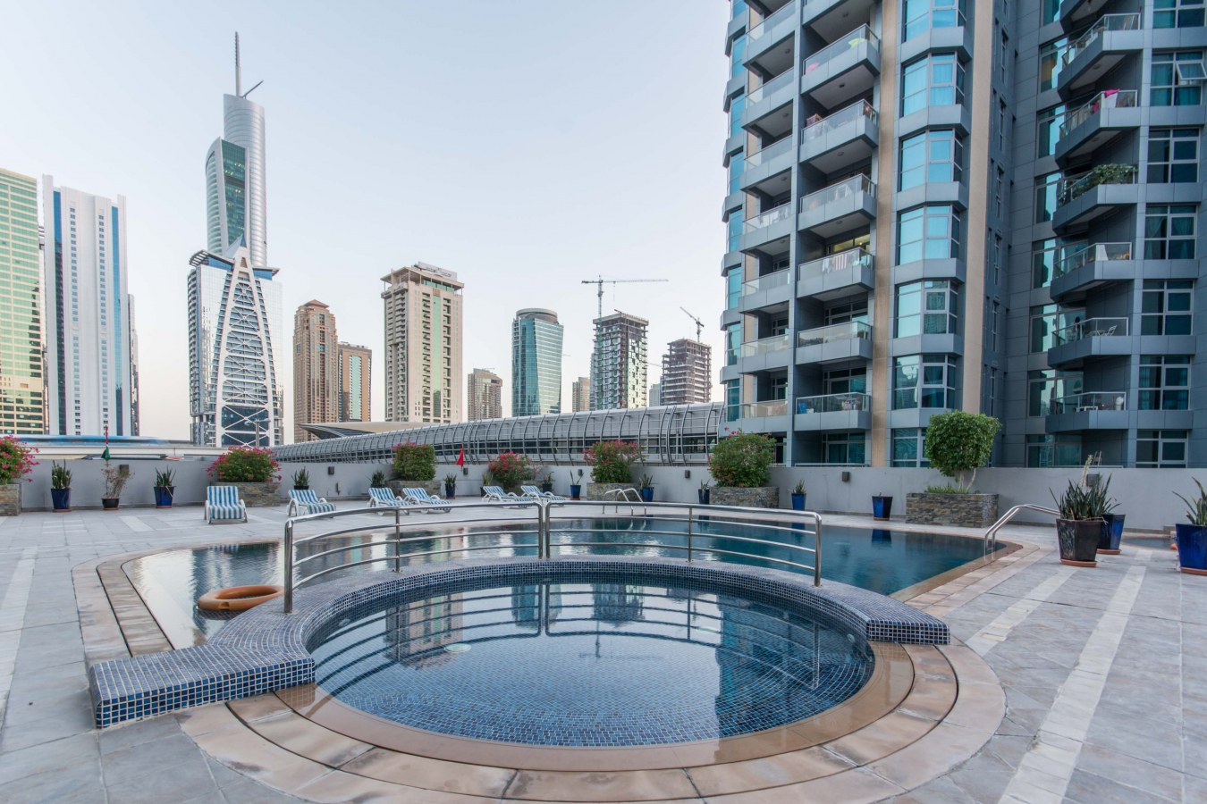 Apartments For Sale in Dubai Marina for AED 1 Million or Less