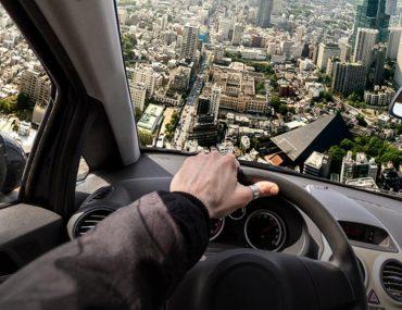 السيارات الطائرة في دبي