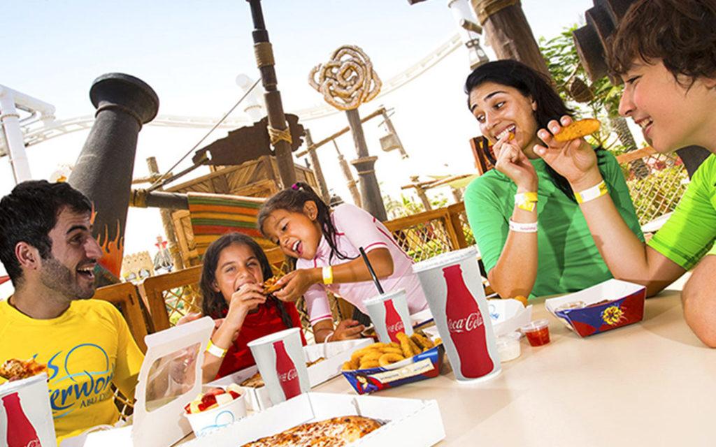 مطاعم في حديقة ياس ووتروورلد
