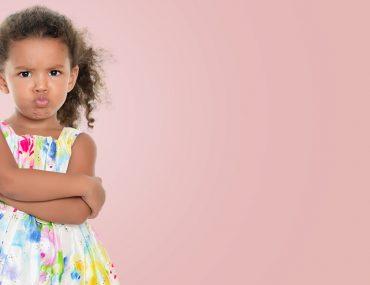 التعامل مع الطفل العصبي والعنيد