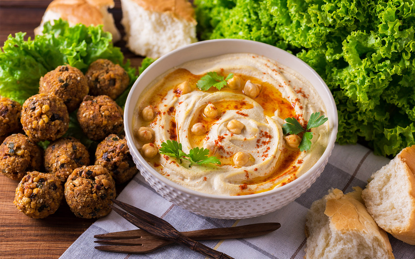 Mir Amin is one of the Best restaurant serving Hummus in Dubai