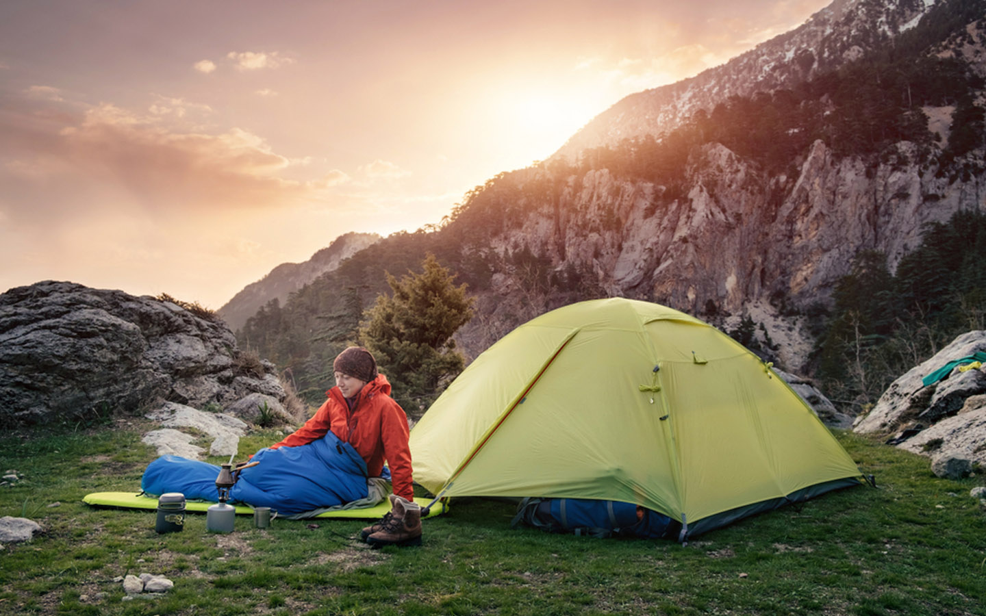 Overnight camping with lightweight sleeping bags