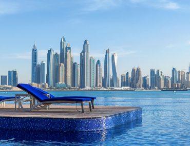 Hotel swimming pool in Dubai