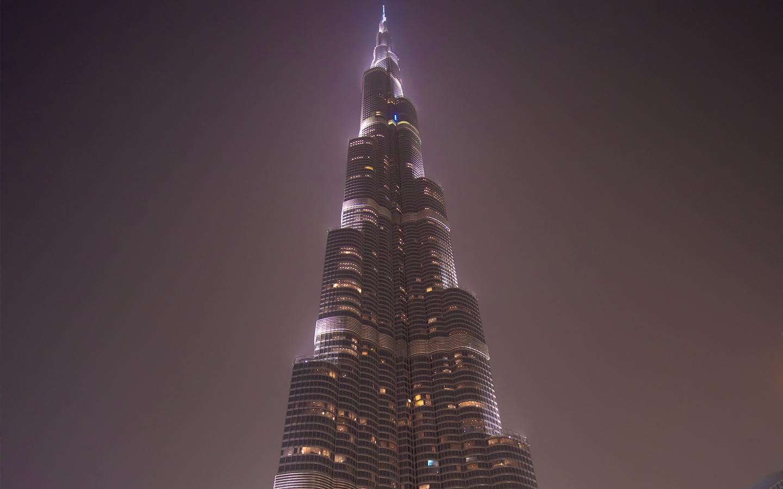 حاز برج خليفة على المرتبة الثالثة عالمياً، باعتباره من الأماكن التي يلتقط الأفراد أمامه صور سلفي رائعة لهم