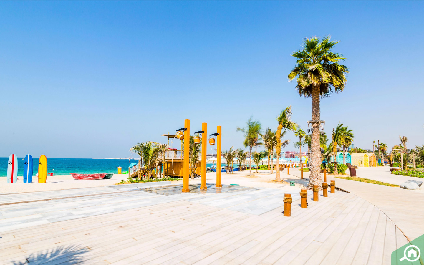 La Mer beach is a great spot to take parents visiting Dubai