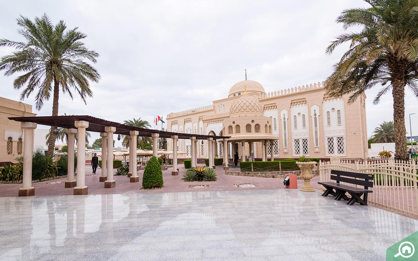 Grand mosque in Jumeirah
