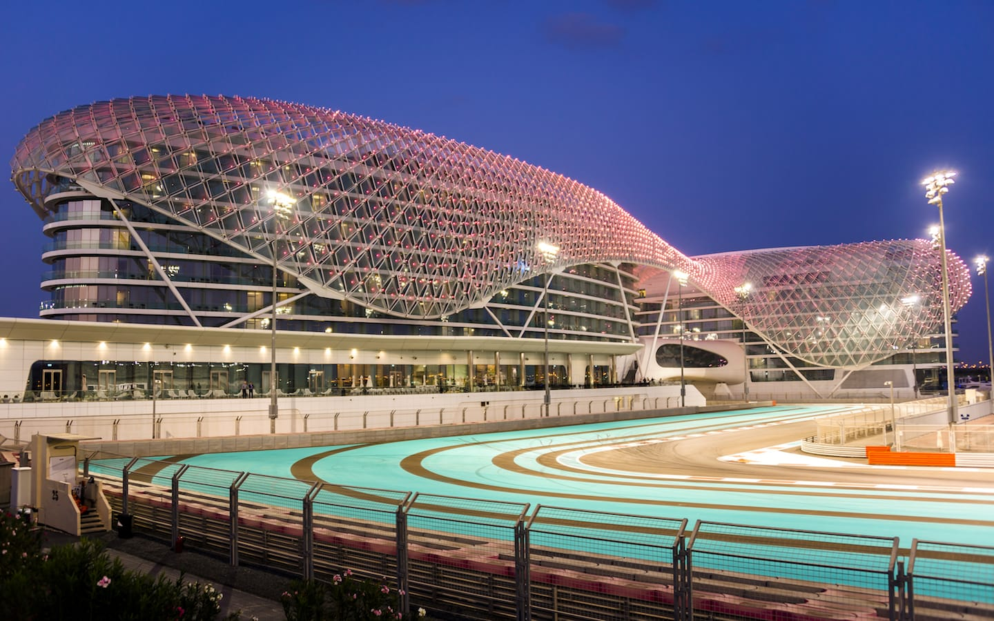 Running or cycling is one of the best free things to do in Abu Dhabi.