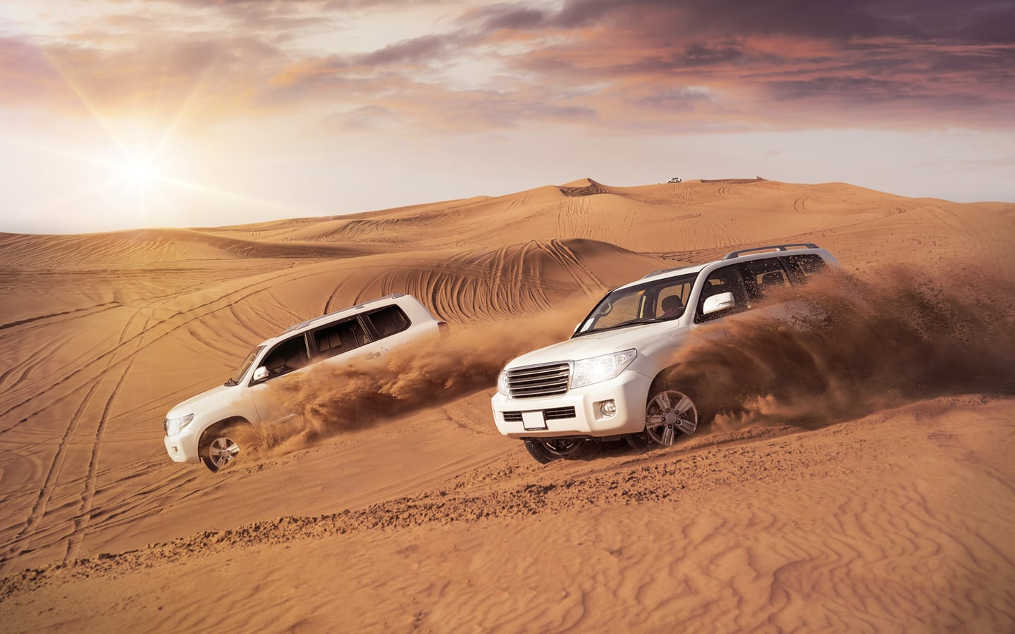 4X4 vehicles are ideal choices when it comes to desert camping in the UAE