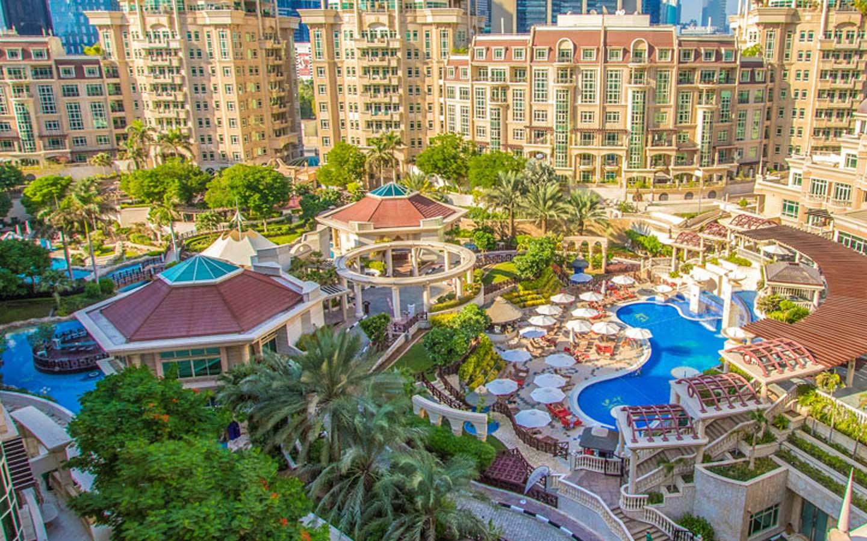 Roda Al Murooj is a pleasant 4-star hotel in Downtown Dubai