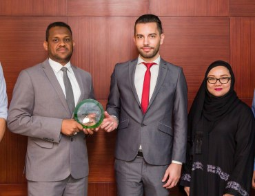 عجمان: بروبرتي تك للعقارات تفوز بجائزة وكالة الشهر المثالية لشهر يوليو 2018