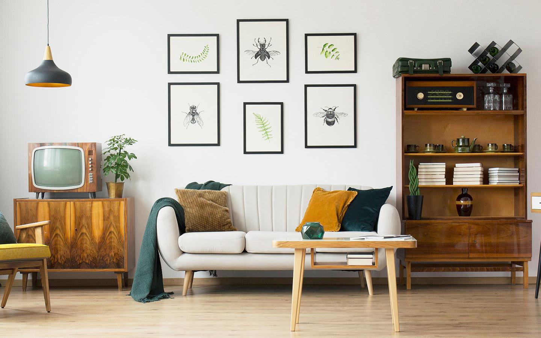 صور على الحائط