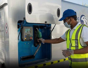 Adnoc MyStation truck and technician