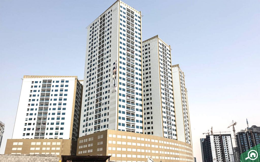 Ajman Pearl Towers in Ajman Downtown, one of the best residential districts in Ajman