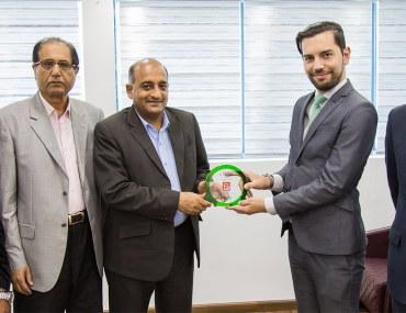 عجمان: وكالة الأملاك للعقارات تفوز بجائزة الوكالة المثالية لشهر يناير 2019