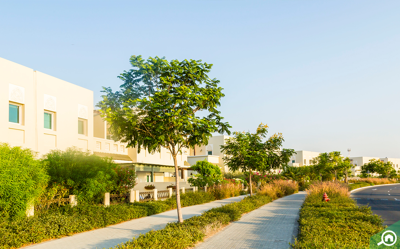 Street view of Al Furjan villas, an area near Expo 2020 Dubai