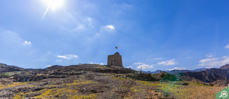 View of Al Hayl Fort on hilltop