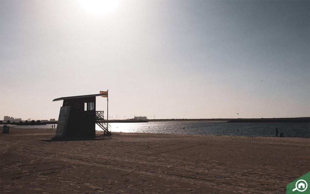 Al Mamzar Open Beach in Dubai