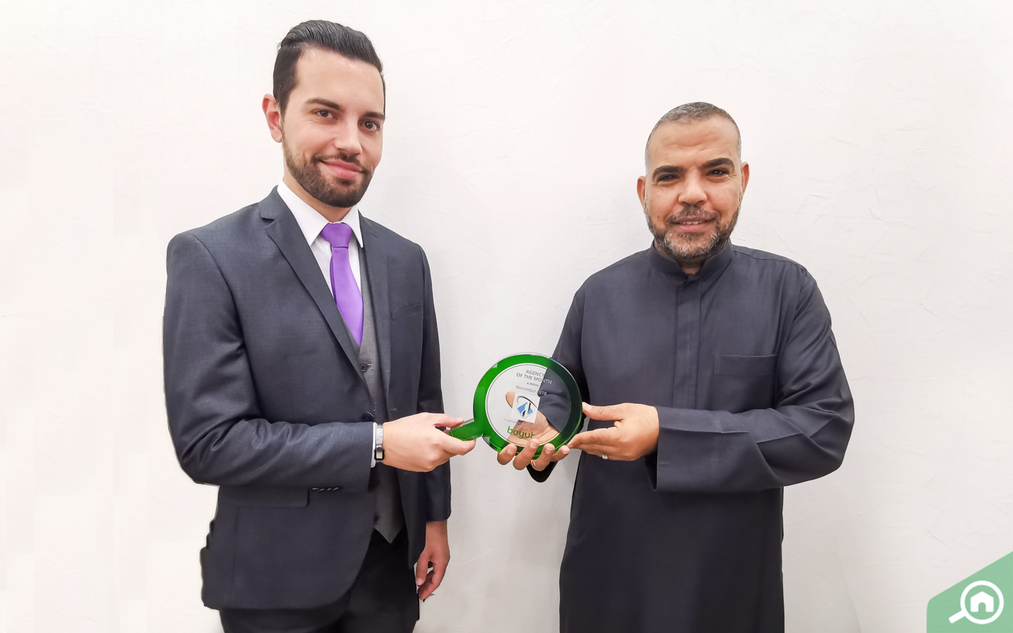 Moustafa Faoori, CEO of Al Osool Real Estate, receives Bayut's Agency of the Month Award