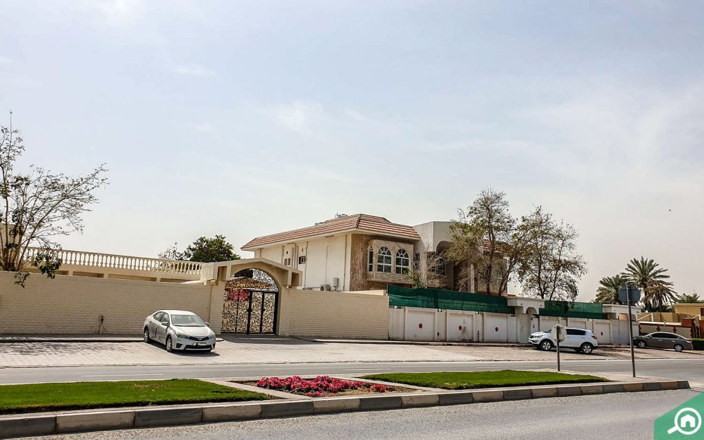 Villa in Al Sabkha Sharjah