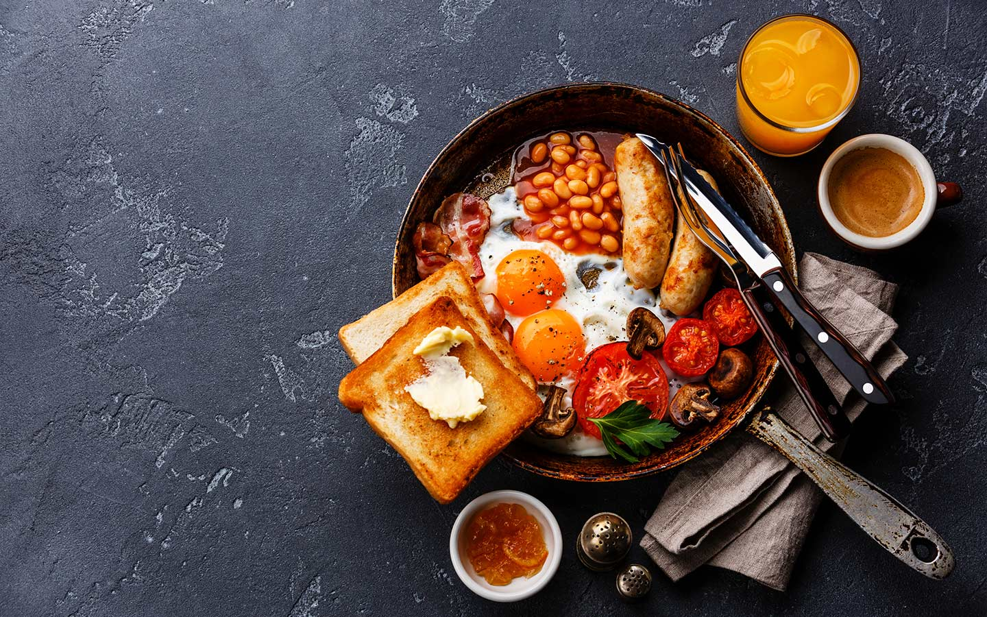 View of an English breakfast, that is popular at places that serve all day breakfast in Dubai