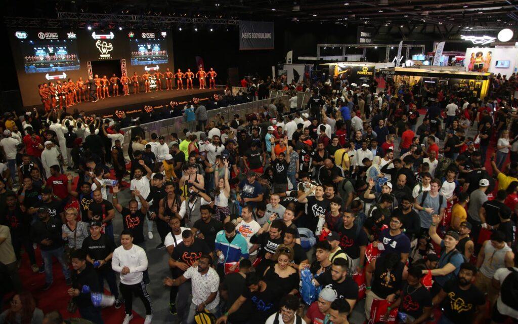 crowd at dubai muscle show 2019