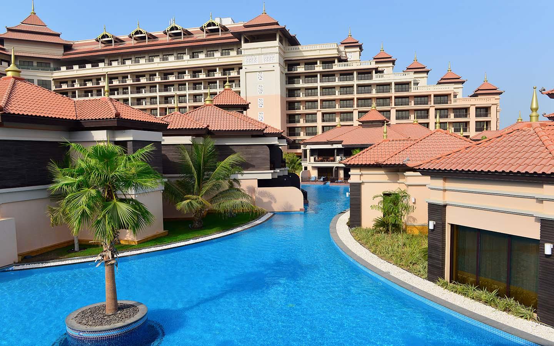 Anantara Hotel in Palm Jumeirah