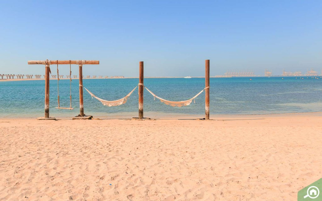 Hammocks and swings available for use with Banan Beach day access