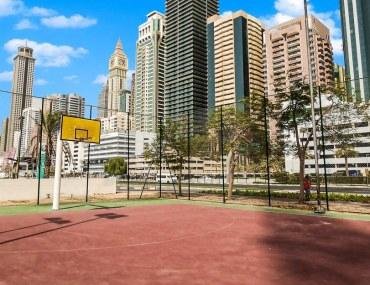 ملعب كرة سلة