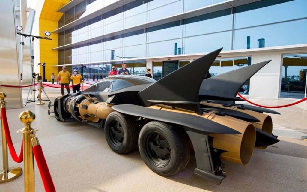 Batmobile in WB World
