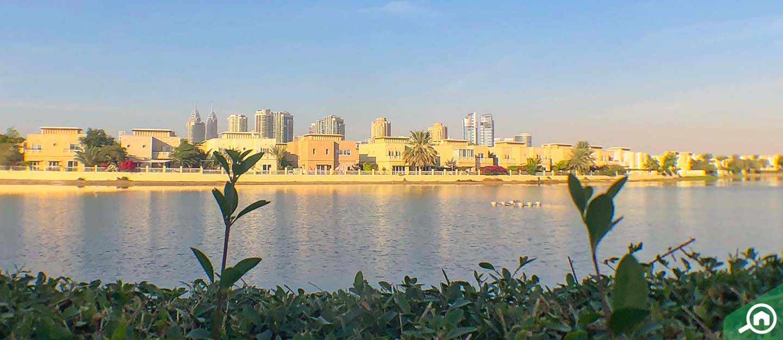 waterfront community in dubai
