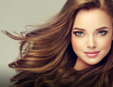 Woman with healthy hair after a Brazilian Blowout in Dubai