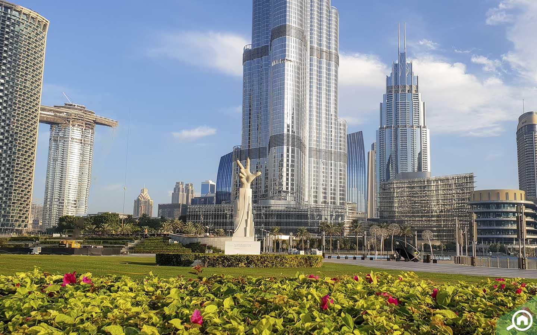 Green Lawns at Burj Park - Parks in Dubai