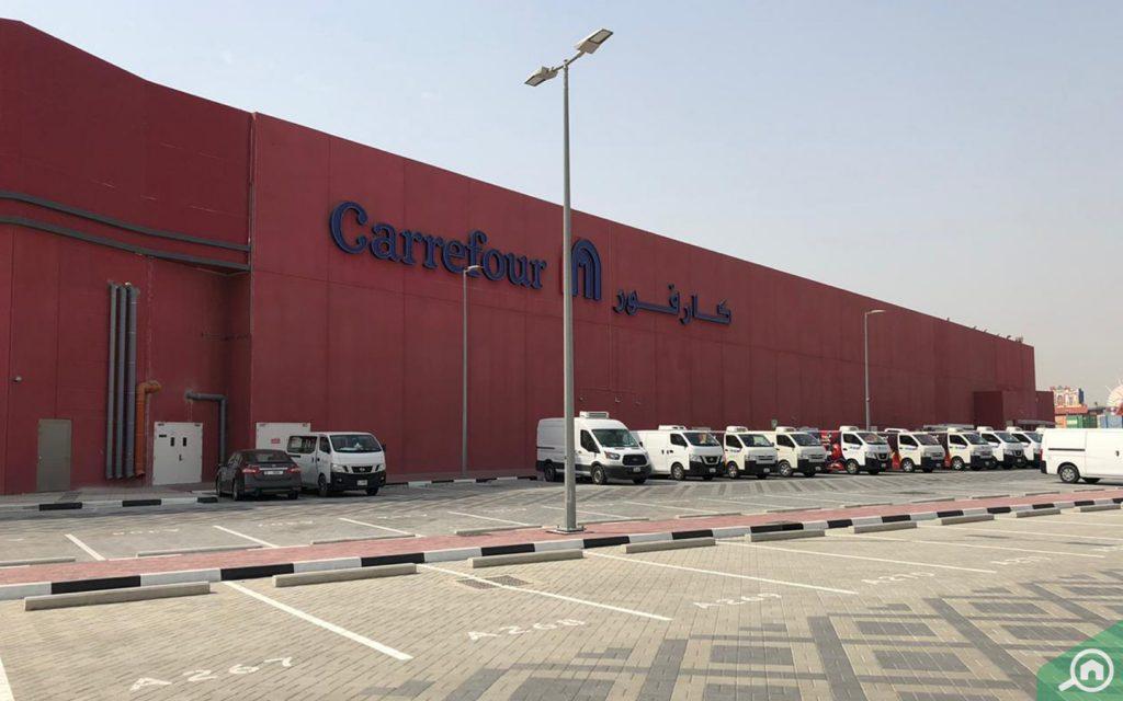 Carrefour car park at Cityland Mall