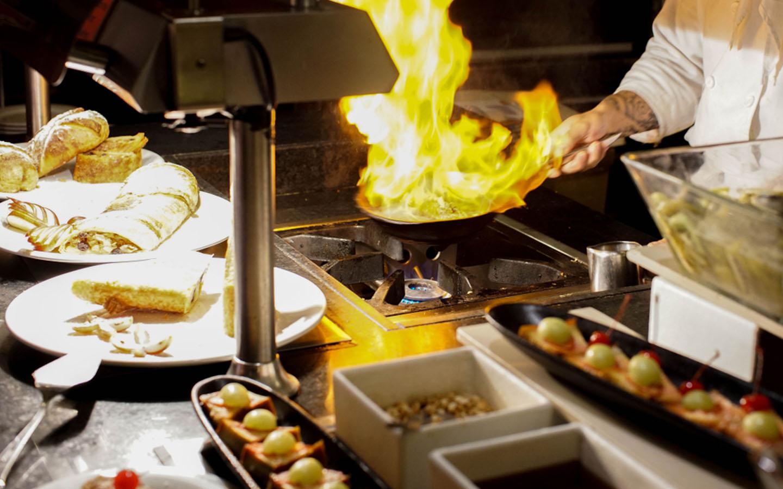 Best New Year Dinners in Dubai: Atelier M, Pierchic & More