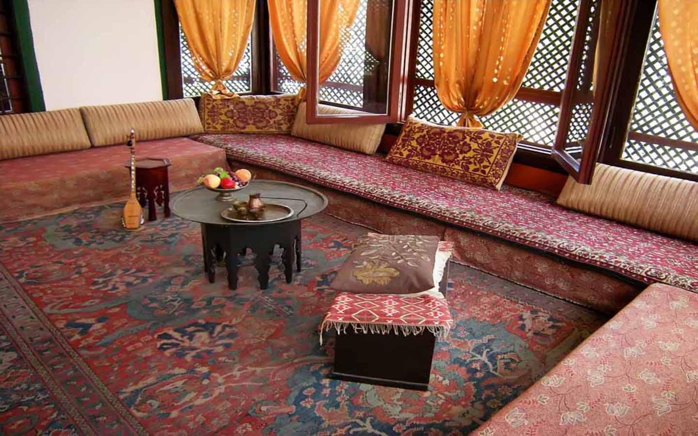 Majlis sofa setting