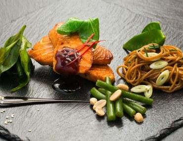fine dining asian food platter