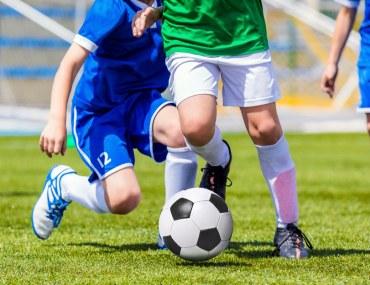اكاديميات كرة القدم في دبي