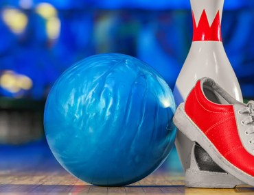 Bowling shoes and pin at the best bowling centres in Dubai