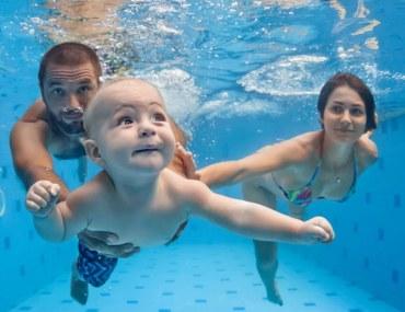سباحة أطفال
