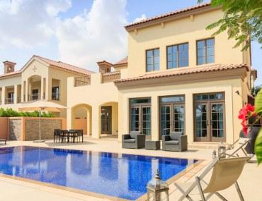 Villa for sale in Jumeirah Golf Estates