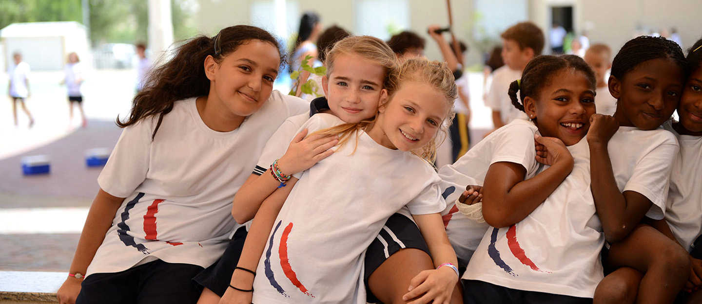 A group of students at KHDA school