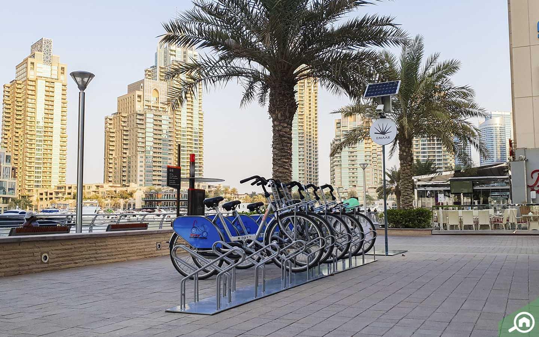 Bike rental stand on Dubai Marina Walk