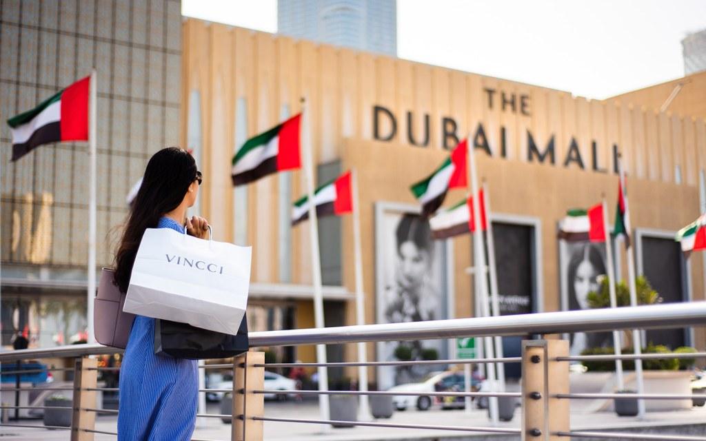 Woman shopping during DSS at Dubai Mall