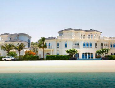 Villa by the sea in Palm Jumeirah