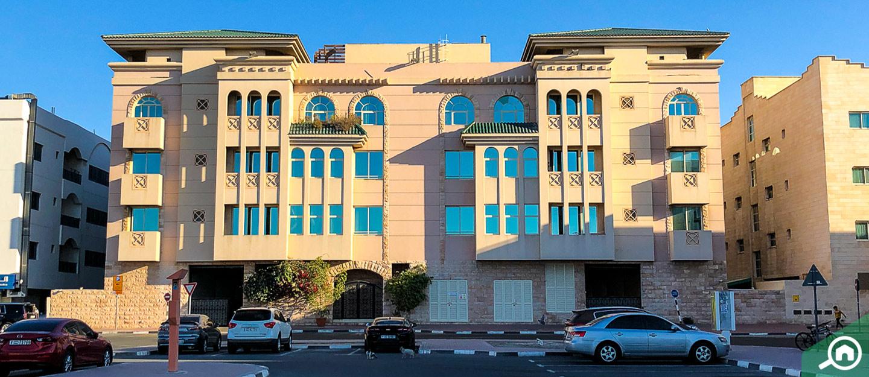 مؤشرات أسعار الإيجار في منطقة ديرة للشقق والفلل