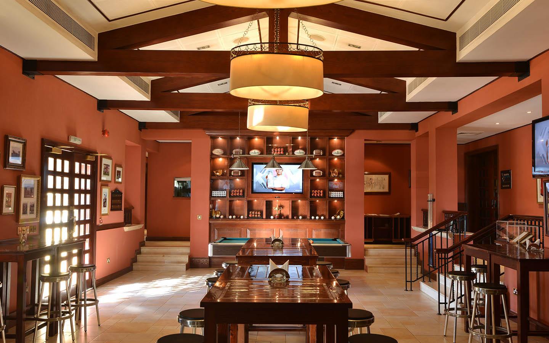 Birdies Cafe at Arabian Ranches Golf Club