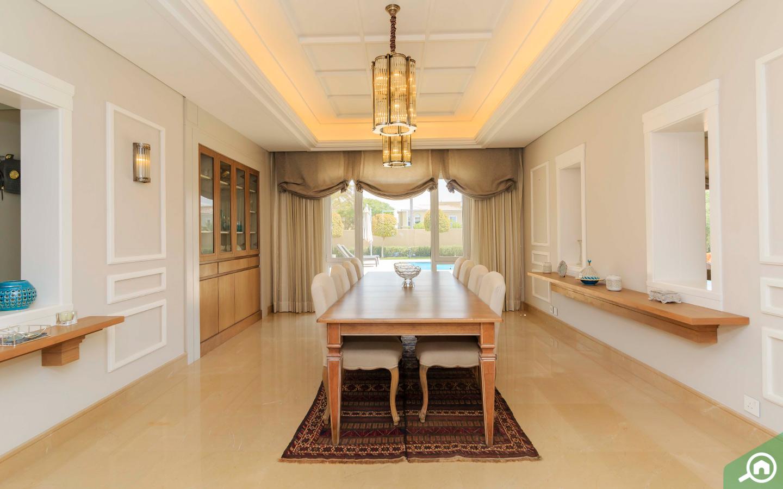 Dining room in villa for sale in Mirador La Colleccion