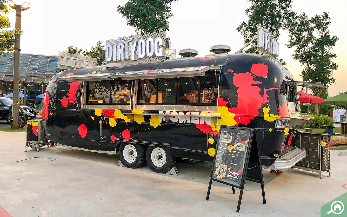Dirty Dog food truck in Dubai